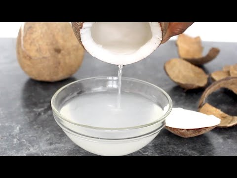 How to Extract Coconut Water | Quick & Easy Way to Extract Fresh Coconut Water | Yummieliciouz Food