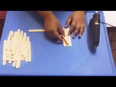 Making jewellery box with icecream sticks