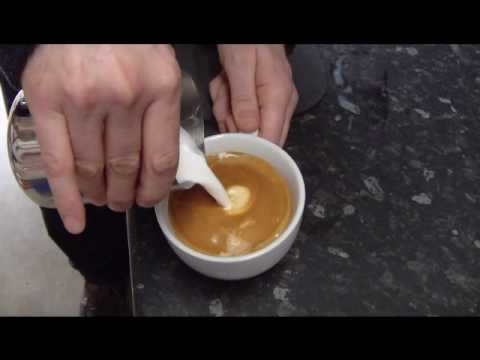 How to make a latte and Cappuccino