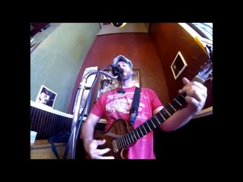 Sitting, Waiting, Wishing -Jack Johnson cover live at Potbelly Sandwich Shop