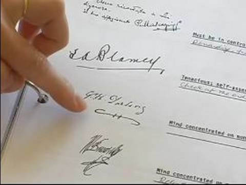 Learn the Basics of Handwriting Analysis : How to Analyze Handwriting in Signatures