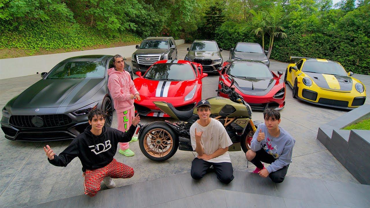 NEW CAR GARAGE TOUR!