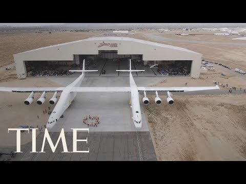 See The World's Biggest Airplane Roll Out For The First Time | TIME