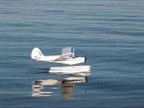 Hobbyzone Super Cub LP with Floats