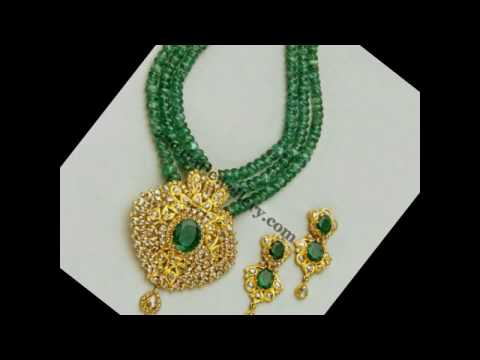 Antique jewellery collection show