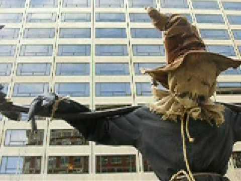 Katsu: Scarecrow up high