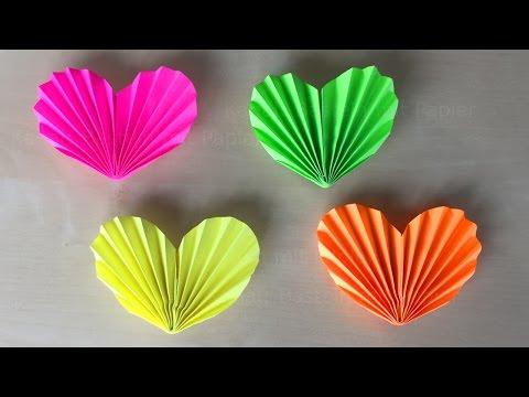 herz basteln mit papier diy geschenke selber machen ideen zum basteln mit kindern origami herz. Black Bedroom Furniture Sets. Home Design Ideas