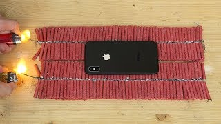 iPhone X vs 1000 Firecrackers