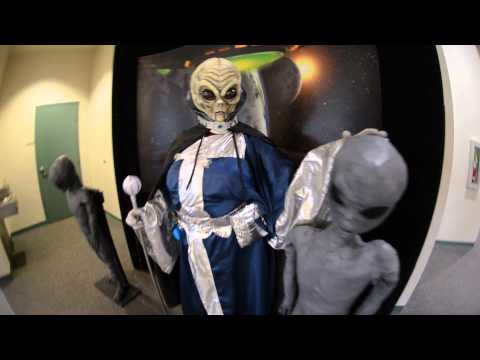 Alien Friends in Roswell