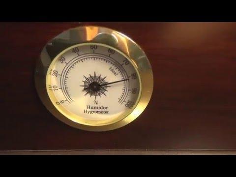 Quality Importers Desktop Humidor (Capri-Glasstop) Unboxing