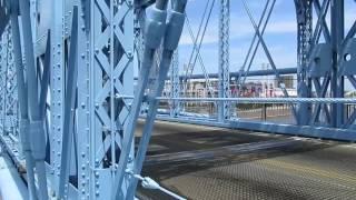 Roebling Suspension Bridge Walking From Kentucky To Ohio