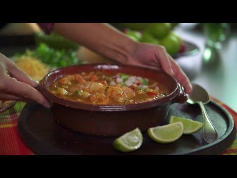 Cómo hacer pozole de camarón   Knorr® Sabor