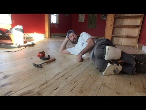 Sanding a Pine Floor.  Maine VLOG 237