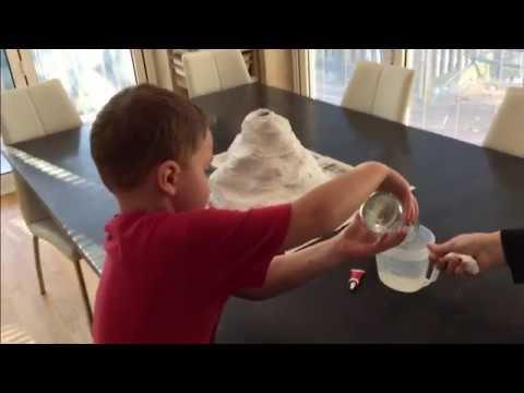 Vinegar & baking soda erupting volcano - School project