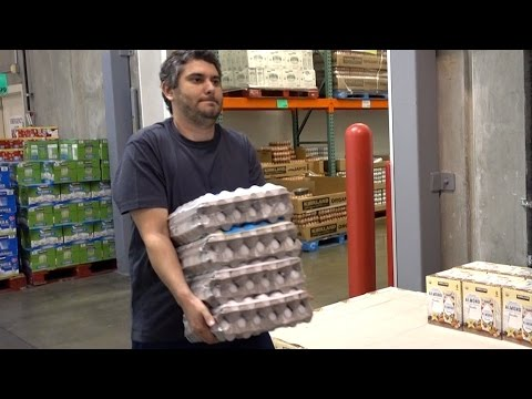 Fat Idiot Gains 100 Pounds At Costco