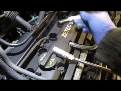 Ford Focus 2002 spark plugs replacement