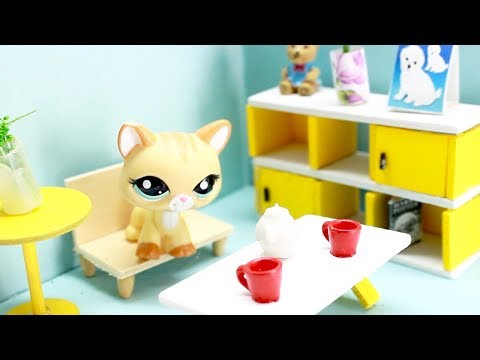 LPS -  miniature room! (adorable!)