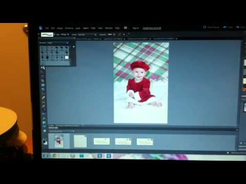How to create a watermark two different ways in Photoshop Elements