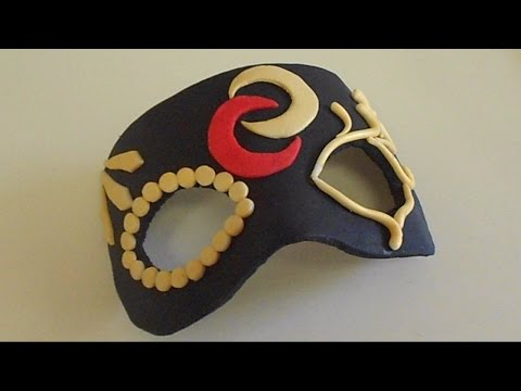 How to make a mask from fondant