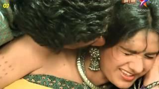 Meenakshi Seshadri sexy duet