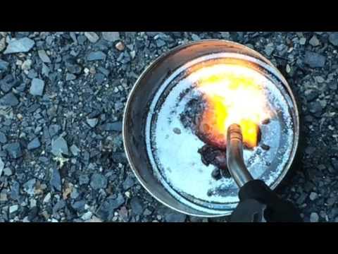 Making Graphene Using Sodium Carbonate and Hydrochloric Acid