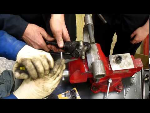 U joint Service Hammer and vise method