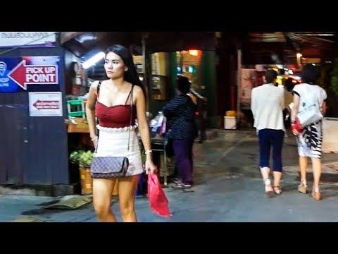 Sukhumvit Road Night Walk 2018 - Bangkok, Thailand