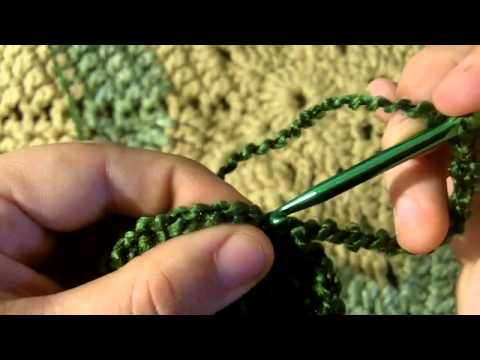 How to Crochet a Loopy Flower Brooch