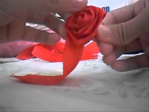 How to make Cute Crepe Paper Roses.wmv