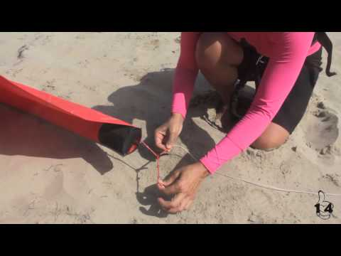 Setting Up Kitesurfing Gear - Learn How to Kiteboard with Laurel Eastman