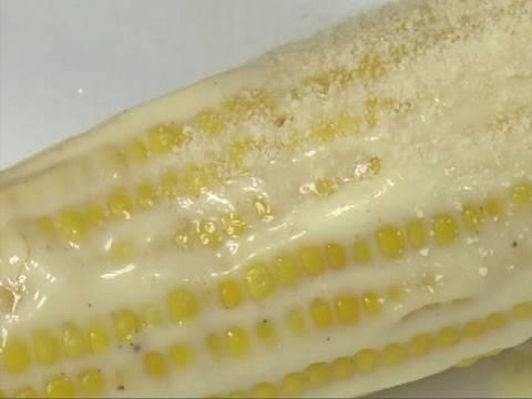 Mexican Corn on the Cob (Elote) - By VahChef @ VahRehVah.com