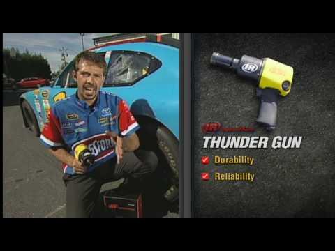 WOW Fast ! NASCAR Thunder Gun Tire Change