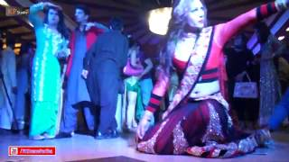 LUCKY LEONE CLASSICAL MUJRA @ PRIVATE DANCE PARTY 2017