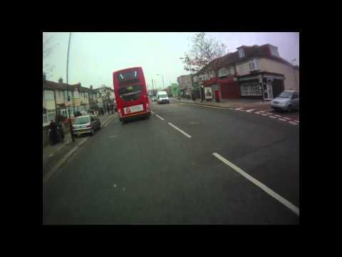 SN60 BZS - Go Ahead bus - Red light jump