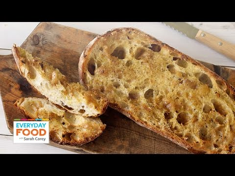 Roasted Garlic Bread - Everyday Food with Sarah Carey