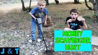 MONEY SCAVENGER HUNT WITH METAL DETECTOR / Jake and Ty