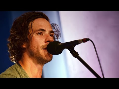Jack Savoretti - Back Where I Belong (The Quay Sessions)