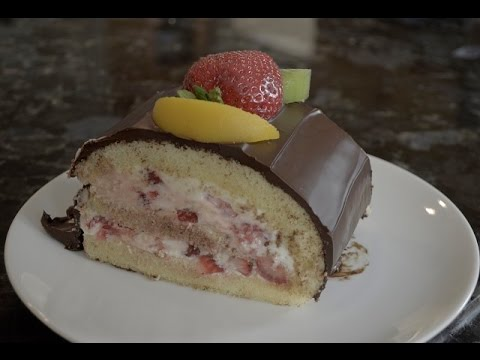 Chocolate Roll Cake with Fruit