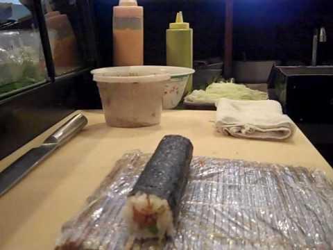 How to make a Volcano Roll @ Sushivids.com
