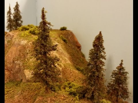 Making twisted wire & twine evergreen trees