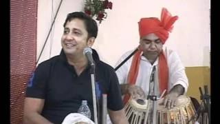 Sukhwinder Singh sings Chaiyya Chaiyya in an unusual way Part 1