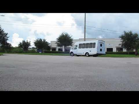 2010 Ford E350 Shuttle Bus
