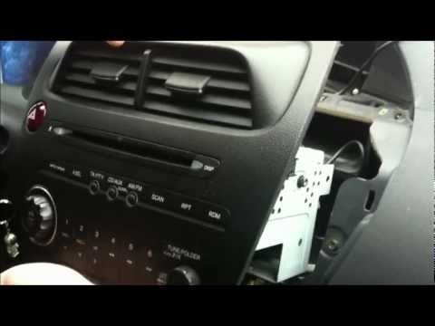 DSound - How to connect USB to Honda Civic original radio.wmv