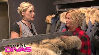 Renee Young tells her mom she