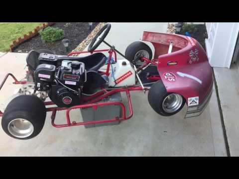 Oval racing kart