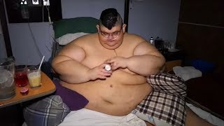 World's heaviest man hopes to lose half his body weight