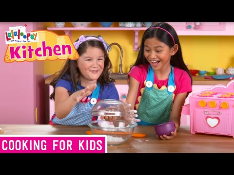 How to Make Super Silly Pancakes | We're Lalaloopsy | Now Streaming on Netflix!