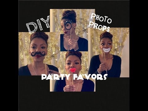 DIY Photo Booth Props | Party Favors | Holiday Decor 2018