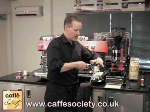 How to make an espresso - Barista Tips