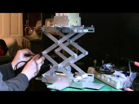 Scissor-Lift Mech for R2's Center Foot